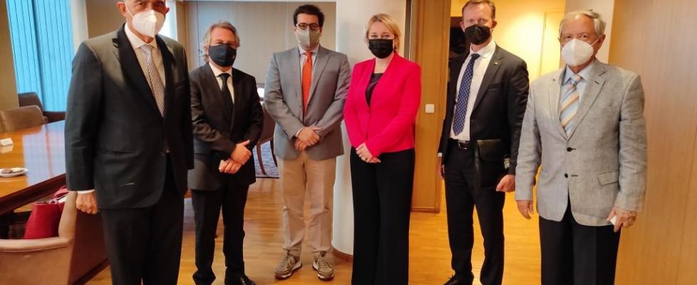 Εθιμοτυπική συνάντηση με αντιπροσωπεία της Λιθουανίας στο Ναυτικό Επιμελητήριο της Ελλάδος. 4 Οκτωβρίου 2021